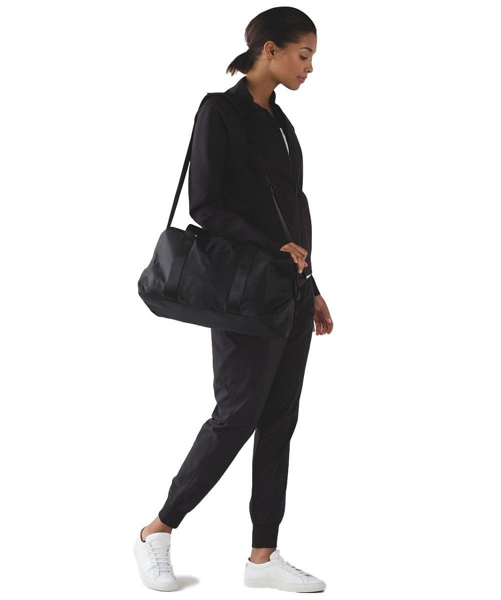 lululemon fast track duffel gym bag black new product d6168 60a1f ... bbd51f1c3a020
